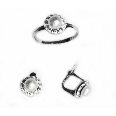 e7984c1ef403 Conjunto de pendientes y anillo de plata con circonitas y perla - 069