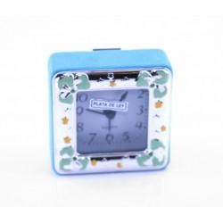 Reloj despertador de plaque de plata esmalte y terciopelo azul. Tiene una medida de 7x7cm - 21/322C